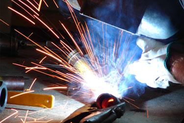 Sản xuất sắt thép và kim loại màu